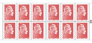 Carnet de 12 timbres Marianne l'engagée - Rouge