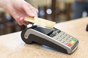 Carte Bancaire Gratuite A La Poste.Faut Il Adopter Le Paiement Sans Contact La Poste