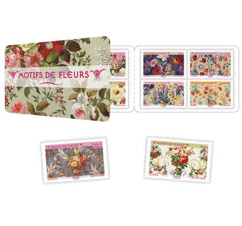Carnet 12 timbres - Motifs de fleurs - Lettre verte