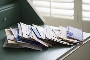 Image Courrier enveloppes de réexpédition – déménagement – la poste