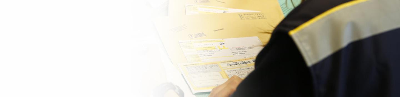 Envoyer Un Courrier Important Comment S Y Prendre La Poste